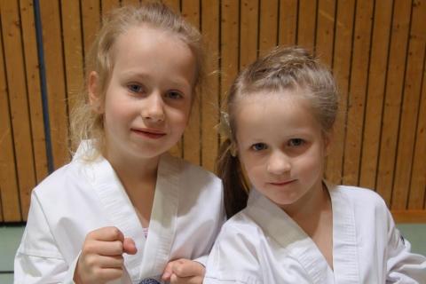 Elisabeth + Katharina